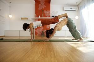 yoga 300x199 Espacio Marma: Un Centro para el Desarrollo Humano en Carrasco
